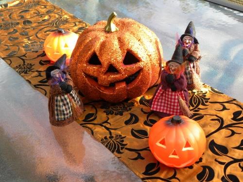 Halloween Canberra 2013 Sonya Heaney Oksana Heaney