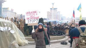olga-tokariukKyiv Ukraine pro-Ukrainian protestors pro-Russian violence January 2014