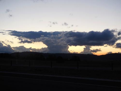 Strange Sky Canberra Australia 21st September 2015 Sonya Heaney Christopher Heaney Clouds Sunset Nature 1