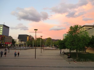 Spring Sunset Canberra Australia 9th October 2015 Sonya Heaney Christopher Heaney Canberra Theatre Centre Steps Pink Sky Clouds Nature