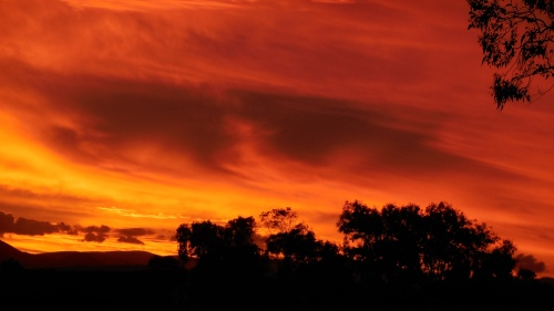 canberra-summer-sunset-australia-sonya-oksana-heaney-6th-december-2016-sky-clouds-nature