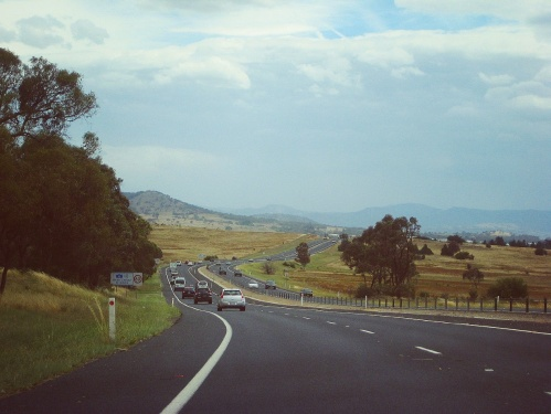 sonyaheaney-cloudy-and-hot-canberra-summer-ontheroad-australia-queanbeyan-cbr