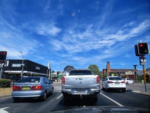 Queanbeyan Near Canberra Australia Hot Sunny Sunday Afternoon Blue Sky Sonya Heaney 28th October 2018 Spring Sunshine