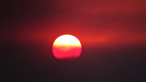Canberra Australia Summer Heatwave Sunset Sonya Oksana Heaney Smoke Bushfire 30th December 2019 2